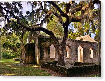 The Oaks At Chapel Of Ease St. Helena Island Beaufort Sc Canvas Print by Lisa Wooten