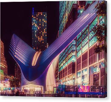 Canvas Print featuring the photograph The Occulus At Midnight by Chris Lord