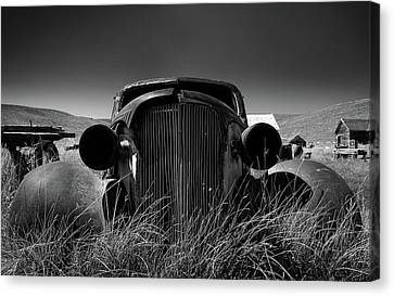 The Old Buick Canvas Print