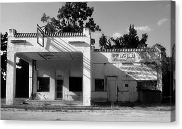 Old Bus Stations Canvas Print - The Old Greyhound Station by David Lee Thompson