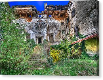 The Old Ruined Castle Canvas Print
