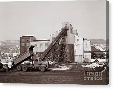 The Olyphant Pennsylvania Coal Breaker 1971 Canvas Print