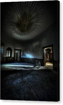 The Oval Star Room Canvas Print by Nathan Wright