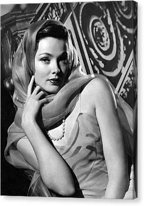 The Razors Edge, Gene Tierney, 1946 Canvas Print by Everett