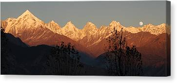 The Rendezvous. A Panorama. Canvas Print by Fotosas Photography