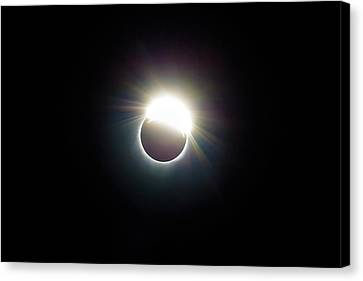 Canvas Print - The Ring Of 2017 Solar Eclipse by David Gn