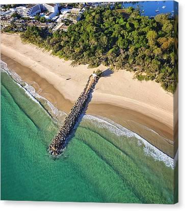 The Sea Wall Near Noosa Main Beach Canvas Print