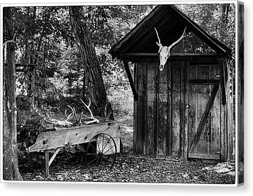 Canvas Print featuring the photograph The Shack by Wade Courtney