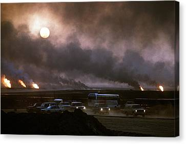 The Smoke From Oil Well Fires Forces Canvas Print by Everett