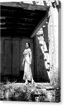 Canvas Print - The Starlet Returns To Asbury Park by John Rizzuto