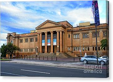 Canvas Print featuring the photograph The State Library Of New South Wales By Kaye Menner by Kaye Menner