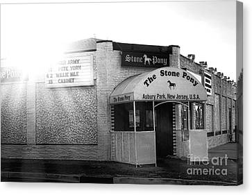 The Stone Pony  Canvas Print by Olivier Le Queinec