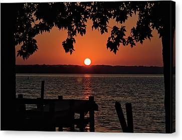 Canvas Print featuring the photograph The Sun Rises Over The Bay by Mark Dodd
