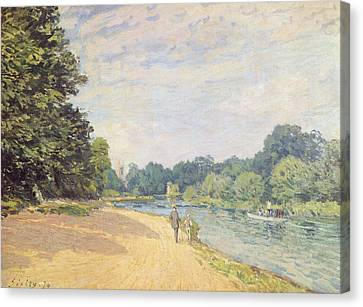 Rural Scenes Canvas Print - The Thames With Hampton Church by Alfred Sisley
