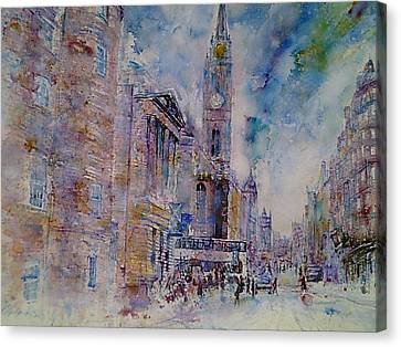 The Tron High Street  Edinburgh  Canvas Print by Robert Hogg