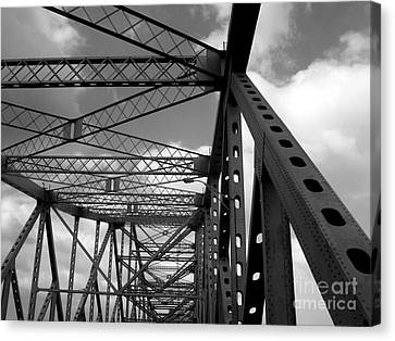 The Tz Canvas Print by Kenneth Hess