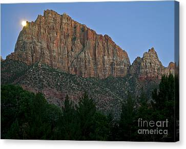 Canvas Print featuring the photograph The Watchman And The Moon by Suzette Kallen