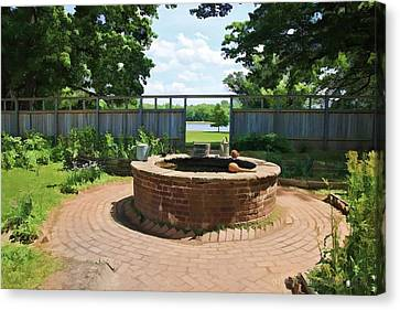 The Watering Well Pennsbury Manor  Canvas Print by Valerie Stein