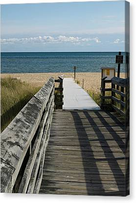 Canvas Print featuring the photograph The Way To The Beach by Tara Lynn