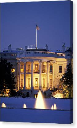 The White House South Portico At Dusk Canvas Print by Richard Nowitz