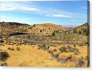 Canvas Print - The Winding Road In Central Oregon by David Gn
