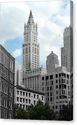 The Woolworth Building - Nyc Canvas Print by Frank Mari