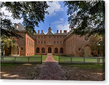 Canvas Print featuring the photograph The Wren Building At William And Mary by Jerry Gammon