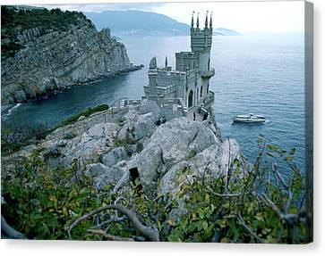 This Neo-gothic Castle Overlooks Canvas Print by Steve Raymer