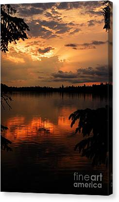 Thomas Lake Sunset Canvas Print by Larry Ricker