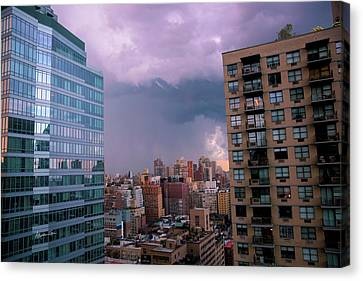 Canvas Print featuring the photograph Threatening Storm - Manhattan - 2016 by Madeline Ellis