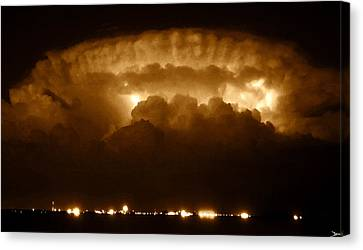 Thundercloud Canvas Print by David Lee Thompson