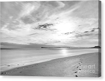 Canvas Print featuring the photograph Time Stood Still by Linda Lees