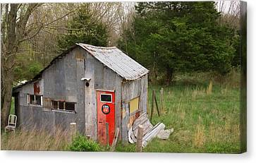 Tin Phillips 66 Shed Canvas Print by Grant Groberg