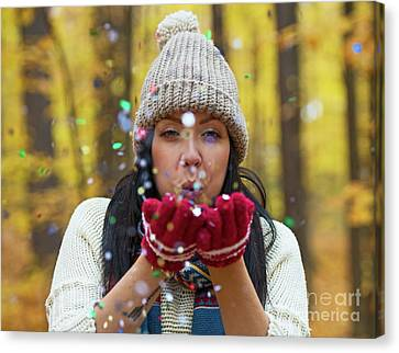 Canvas Print featuring the photograph Tis The Season.. by Nina Stavlund