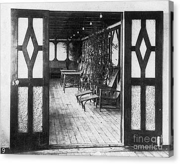 Titanic: Private Deck, 1912 Canvas Print by Granger