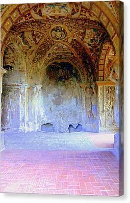 Tivili Villa Este Canvas Print by Mindy Newman