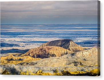 Canvas Print featuring the photograph To Infinity by Alexander Kunz