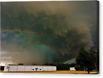 Canvas Print featuring the photograph Tornadic Supercell by Ed Sweeney