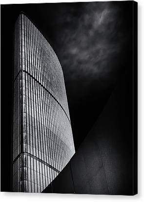 Canvas Print featuring the photograph Toronto City Hall No 5 by Brian Carson
