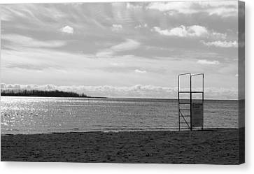 Canvas Print featuring the photograph Toronto Winter Beach by Valentino Visentini