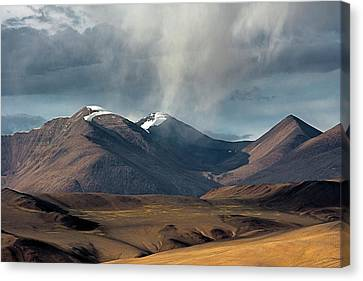 Touch Of Cloud Canvas Print by Hitendra SINKAR