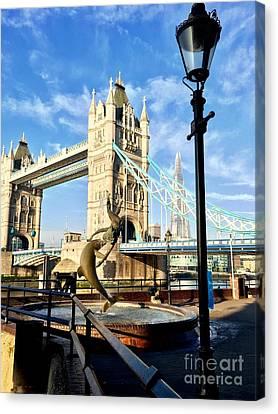 Tower Bridge, London Uk Canvas Print by Julie Ethridge