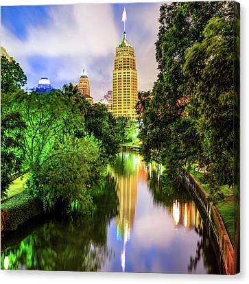 Tower Life Building Reflecting On The Riverwalk - San Antonio Texas Canvas Print