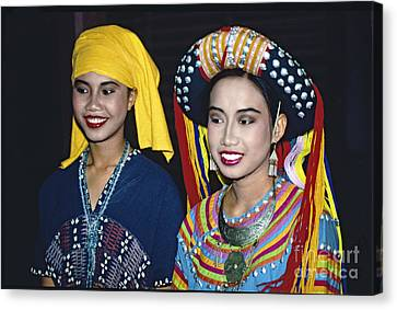 Traditional Dressed Thai Ladies Canvas Print by Heiko Koehrer-Wagner