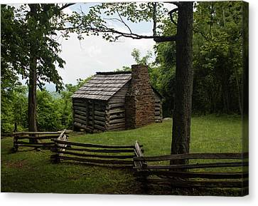 Trails Cabin At Smart View Loop On The Blue Ridge Parlway II Canvas Print by Suzanne Gaff