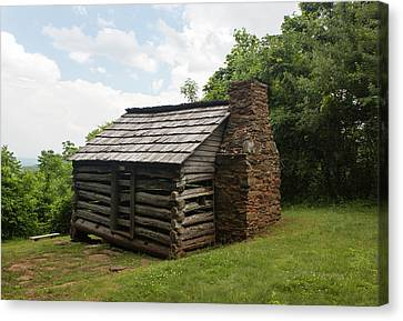 Trails Cabin At Smart View Loop On The Blue Ridge Parlway IIi Canvas Print by Suzanne Gaff