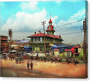 Train Station - Louisville And Nashville Railroad 1905 Canvas Print by Mike Savad