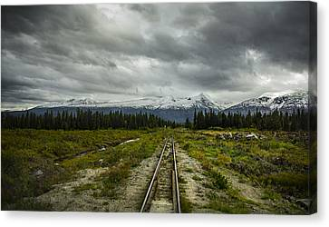 Train To Nowhere  Canvas Print by Robin Williams