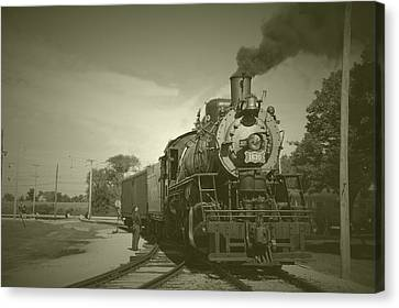 Trains Steam Engine 1630 Vintage Canvas Print by Thomas Woolworth