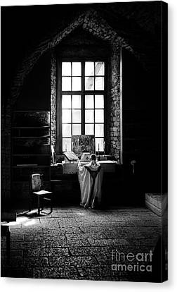 Tridentine Mass In An Ancient Chapel In The Old Dominican Monastery In Tallinn Canvas Print by RicardMN Photography